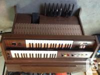 Yamaha electric body organ in superb form. Not a