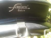 Italian made, lightweight treeless saddle made with