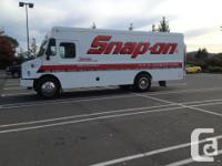 Make Freightliner Colour WHITE kms 164200 SNAP-ON TRUCK