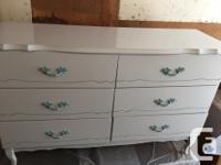 French Provincial style dresser, 6 drawers, solid wood