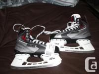 For Sale never worn Bauer Vapor Advantage X Senior