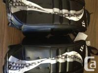 New with tags Warrior Swagger 23 +1 Jr Goal Pads. These