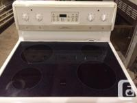 Frigidaire Self-Cleaning Electric Stove. Stove works