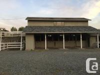 Small clean and quiet, family run barn, close to town.