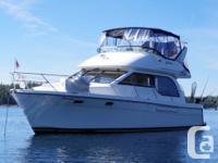 2002 3788 Bayliner w/ Novurania tender - $189,000.00