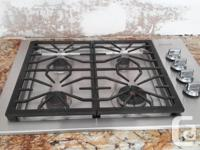 30 inch Frigidare Pro SS Gas Cooktop. Only 4 years old