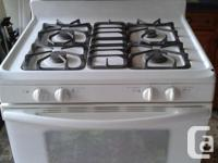 Self tidy convection gas stove. Great condition about