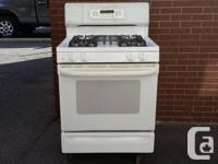 GE XL-44 True Temp Propane Gas Stove in excellent
