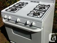 GE propane stove. Very clean and in great working