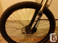 Giant GT 2 mountain bike, excellent condition, 18.5