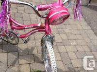 """Selling my daughter's 18"""" Oasis bike. Bike is in"""