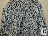 Girls Light Fall/Winter Coat. Leopard style pattern to