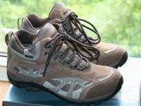 Ladies dimension 8.5 mid cut WindRiver treking boots.