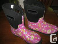 Girls rubber boots size 3 EXCELLENT CONDITION - Like