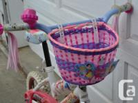 Girls Snow White bike. Comes with bell, tassels,