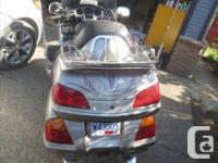 Make Honda Model Goldwing Year 2003 Beautiful bike but