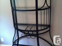 Bar storage shelf, great condition!. complete with 3