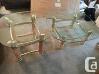Very nice condition, sturdy coffee and end table set.