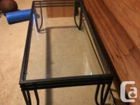 Selling this glass coffee table, good condition no