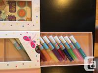 Includes glitter glue tubes, cards and envelopes,