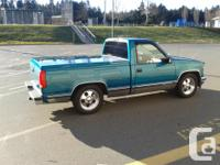 Make GMC Model 1500 Year 1994 Colour Teal Blue kms