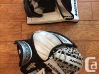 "Junior size glove 39.5"" perimeter. Junior size blocker,"