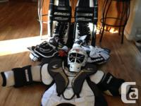"32"" Bauer goalkeeper pads, Graf goalie skates dimension"
