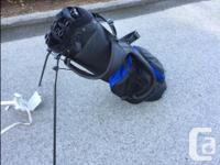Like new condition golf bag (some tees and balls in it)