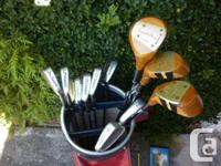 GOLF CLUB SETS  Vintage set of golf clubs in a vintage