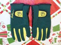 For sale are a pair of Butch Harmon Right Grip golf