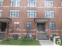 # Bath 1 # Bed 2 Address is 154F Spruce St, Ottawa, ON,