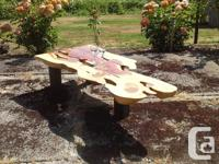 Gorgeous Sequoia Table Brand new hand made from local