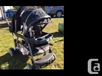 Graco double stroller in excellent used condition. Two