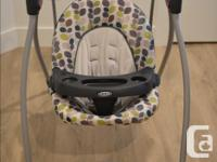 Graco Luvin Hug in mint condition. Six speed and