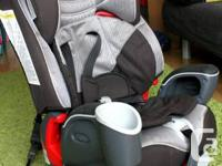 Selling a Graco's Nautilus Multi-Stage Car Seat. It