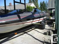 Bayiner 18 ft Bowrider: Interior in near perfect