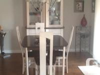 Maple dining room set with 4 upholstered covered chairs