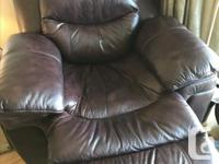 Brown leather recliner, totally electric, easy to use,