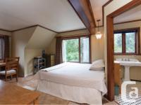 # Bath 4 Sq Ft 3500 MLS 445878 # Bed 3 Oceanview home