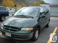 Make Dodge Model Caravan Year 1998 Colour DARK GREEN