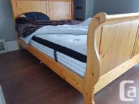 Queen-sized Kingsdown brand mattress. Pocket coils,