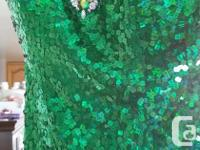 Size 7 Emerald green sequined dress. Made by Alyce