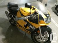 Selling my gsxr-600 Suzuki bike good condition, selling