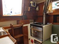 -1968 fibreglass sloop -LOA 29', Beam 8.5', Draft 4.5',