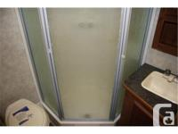 WOW Brand New Only $29,900 Luxury 23', 2 Slides GVWR