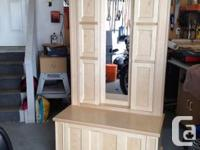 I am selling a hand crafted solid maple Hall Tree that