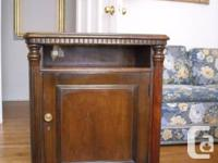 STYLISH CLASSICAL CABINET this period-style english