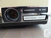Excellent condition 35 m/m slide projector. Unit has
