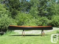 Unique handcrafted canoe. Only one made. Hull: fine