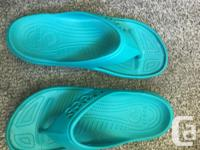 3pairs of hardly used Crocs flip flops ( or Thongs if